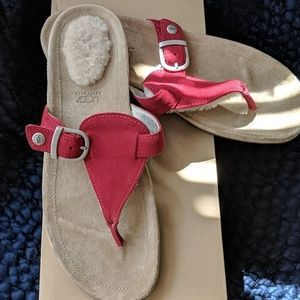 NEW IN BOX!! UGG K'S  GYPSY SANDALS